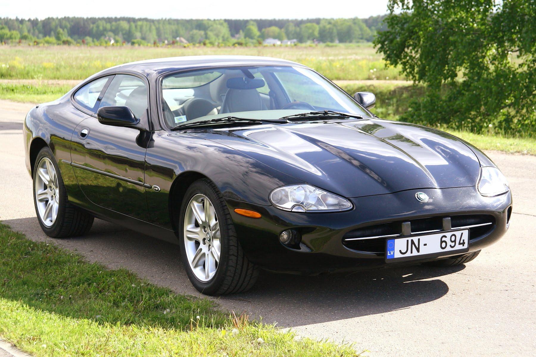 2000 Jaguar XK8 4.0 V8 LPG