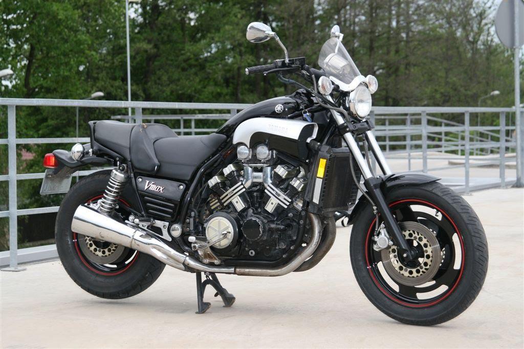 Yamaha Vmax  Hp